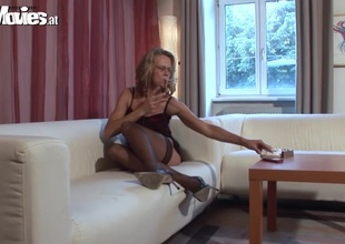FUN Clips German Mom having Pleasure
