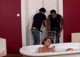 Zuzana Z pretty cow-girl endures double penetration in the bathroom