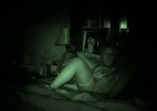 Night web camera vision sex vid of dilettante couple fucking in missionary pose
