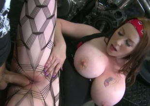 Concupiscent biker fucks stretched bawdy cleft of super juggy hoe Desiree