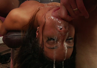Vicious bitch Francesca Le tortures a nasty cock sucker