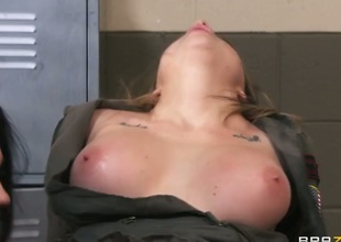Keiran Lee buries his throbbing love stick in attractive Kirsten Prices mouth
