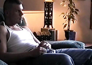 Amateur and Hung Vinnie Beating Off